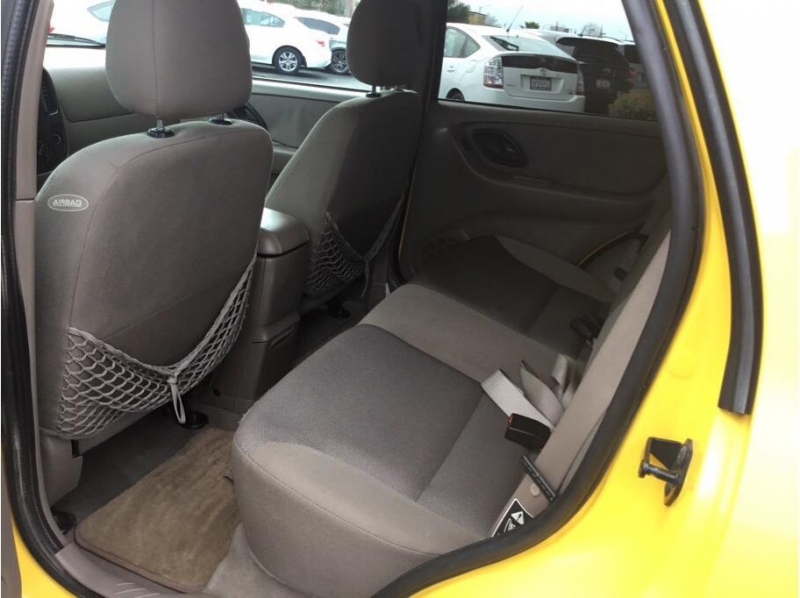 Ford Escape 2002 price $5,495