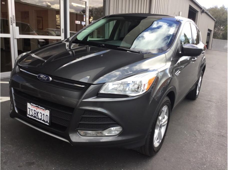 Ford Escape 2016 price $10,995