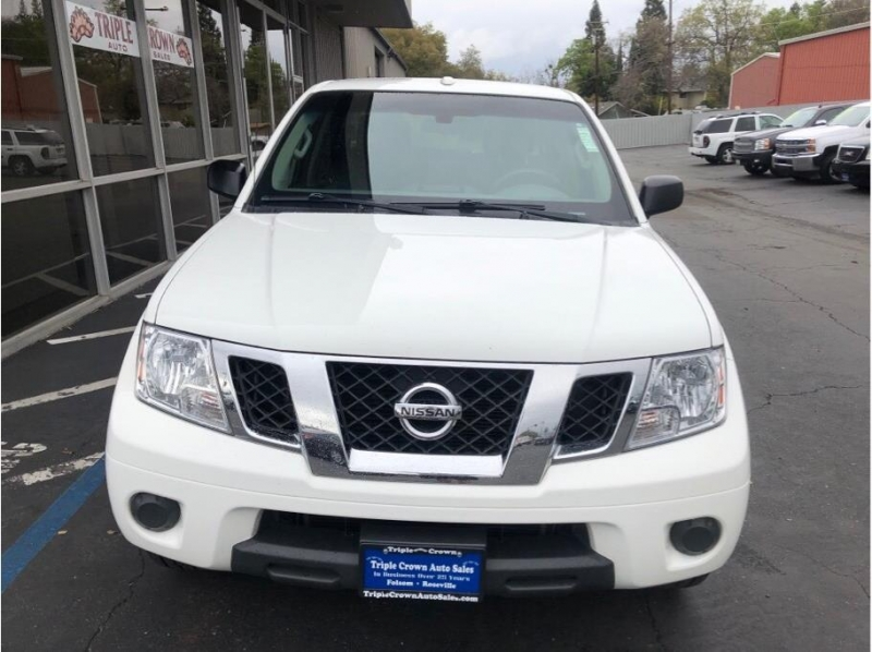 Nissan Frontier Crew Cab 2013 price $13,995