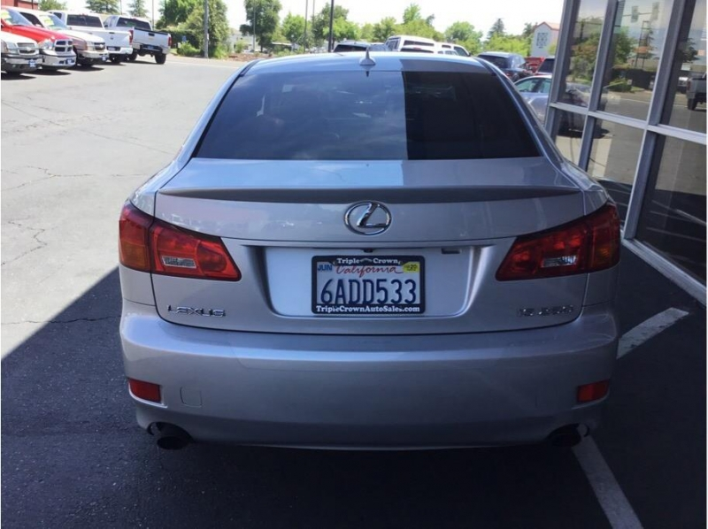 Lexus IS 2007 price $10,995