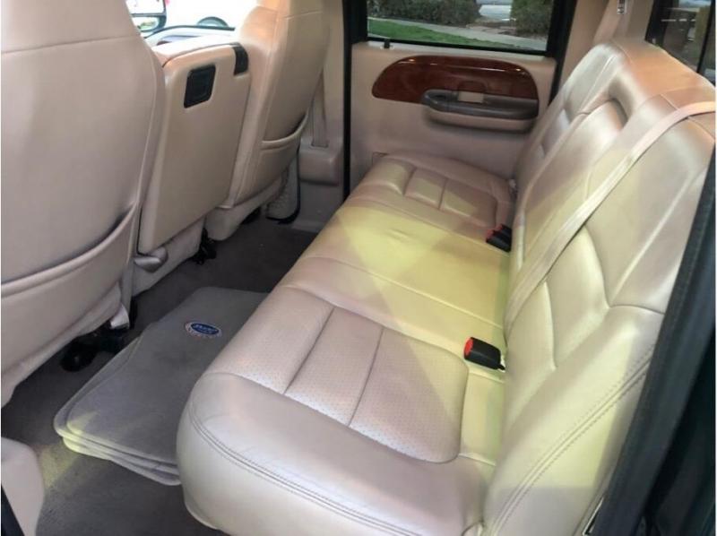Ford F350 Super Duty Crew Cab 2001 price $17,995