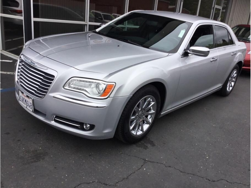 Chrysler 300 2012 price $11,995