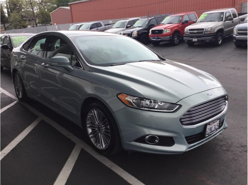 Ford Fusion 2013 price $9,995