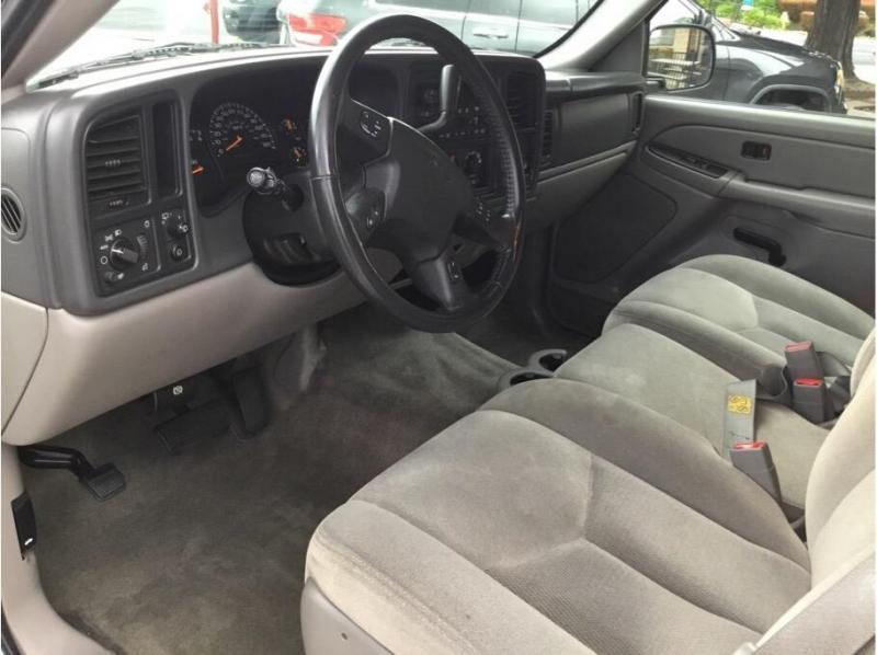 GMC Yukon XL 1500 2005 price $12,995