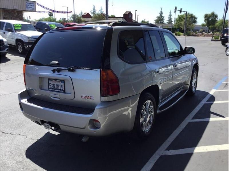 GMC Envoy 2006 price $10,995