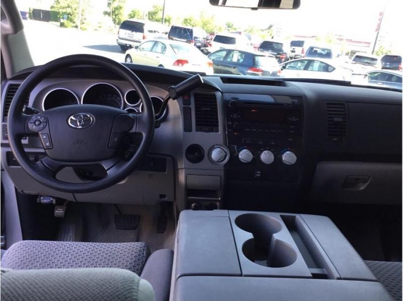 Toyota Tundra Double Cab 2010 price $15,995