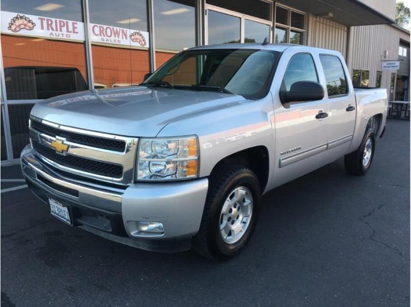 Chevrolet Silverado 1500 Crew Cab 2011 price $17,995