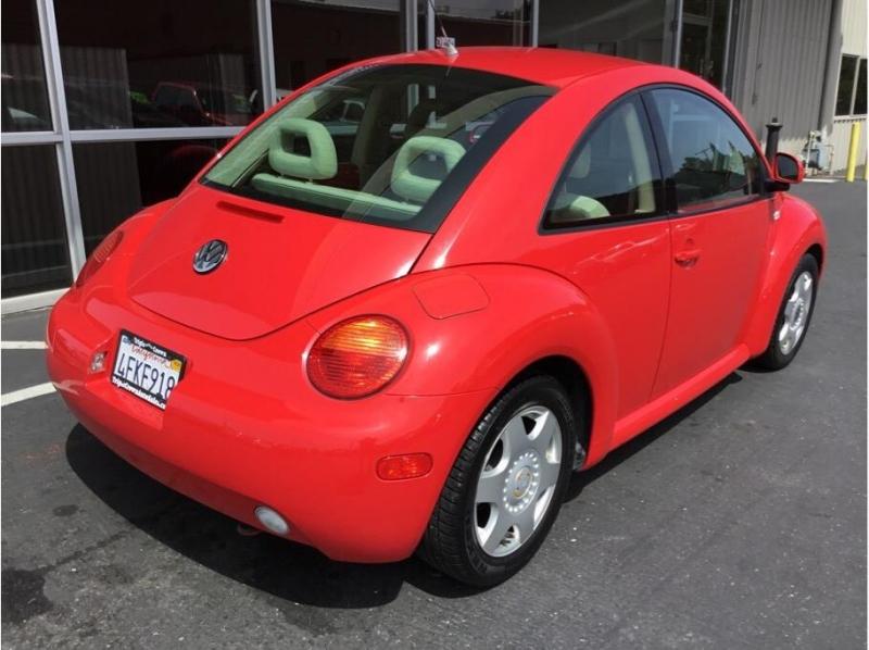 Volkswagen New Beetle 1999 price $5,495