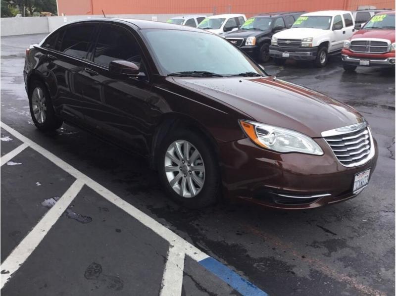 Chrysler 200 2012 price $6,995