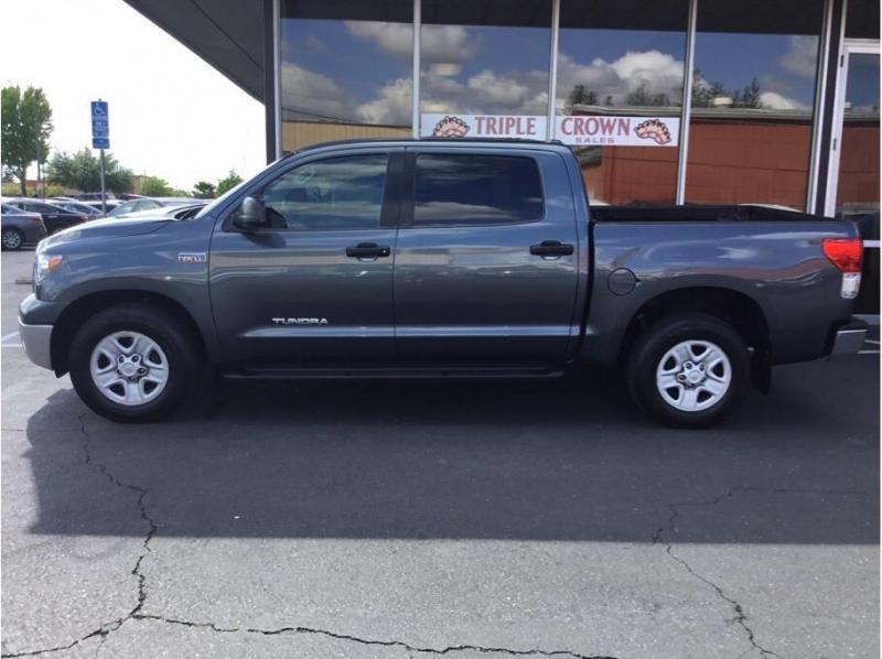 Toyota Tundra CrewMax 2010 price $12,995