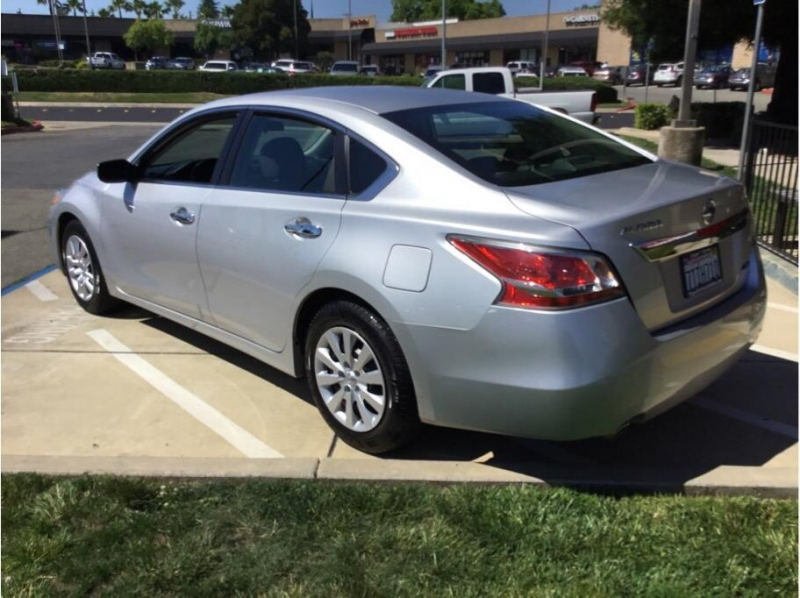 Nissan Altima 2014 price $9,995