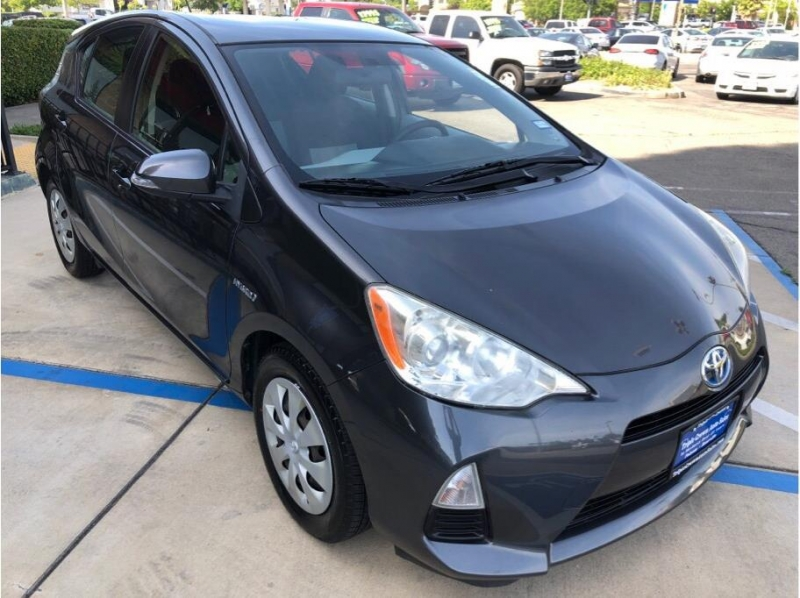 Toyota Prius c 2012 price $9,995
