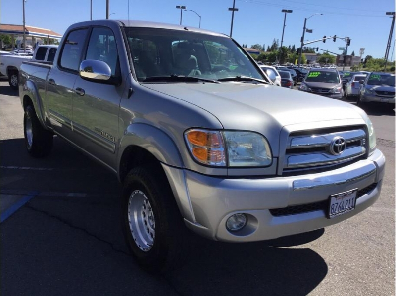 Toyota Tundra Double Cab 2004 price $10,995