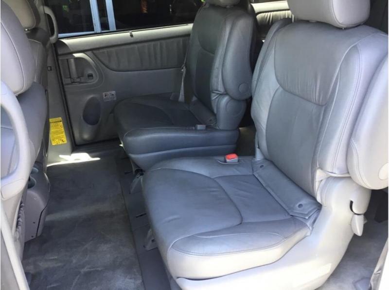 Toyota Sienna 2006 price $7,995