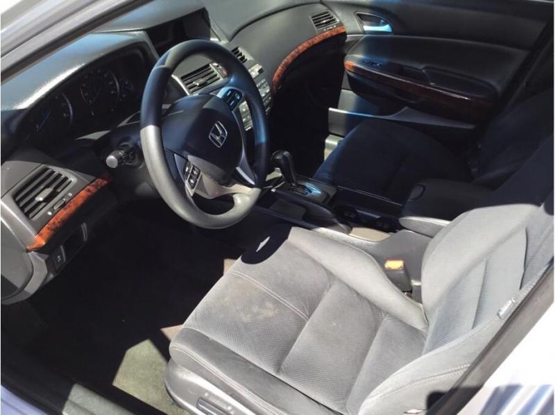 Honda Accord Crosstour 2010 price $8,995