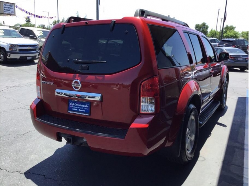 Nissan Pathfinder 2011 price $7,995