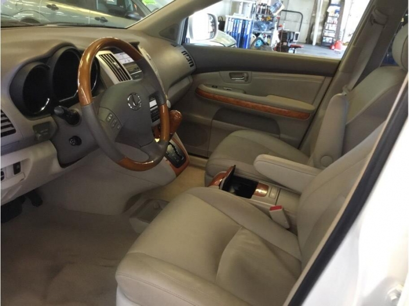Lexus RX 2006 price $12,995