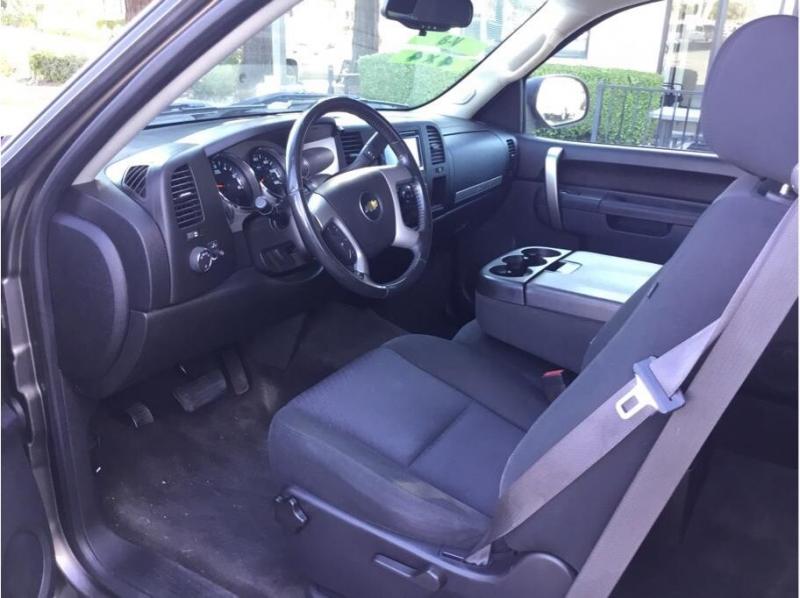 Chevrolet Silverado 1500 Extended Cab 2013 price $17,995