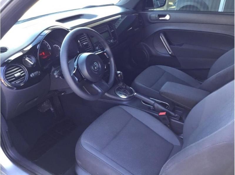 Volkswagen Beetle 2013 price $7,995