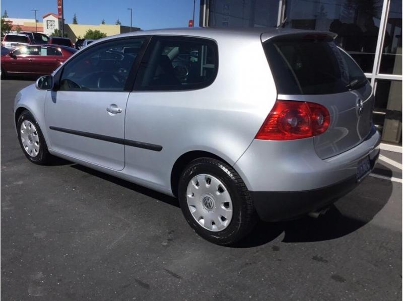 Volkswagen Rabbit 2008 price $5,995