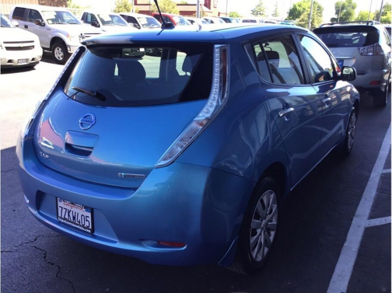 Nissan LEAF 2013 price $7,995
