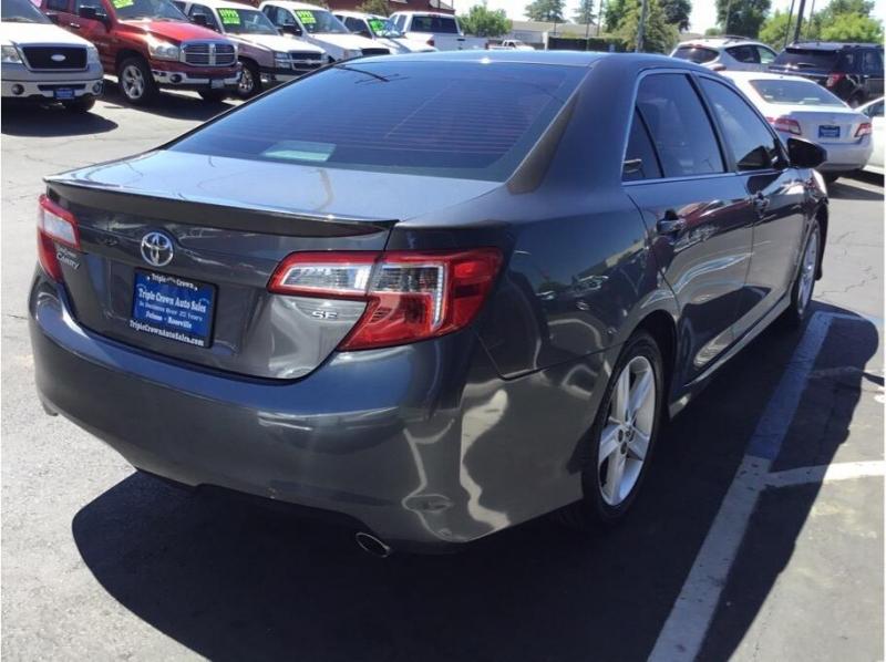 Toyota Camry 2013 price $10,995