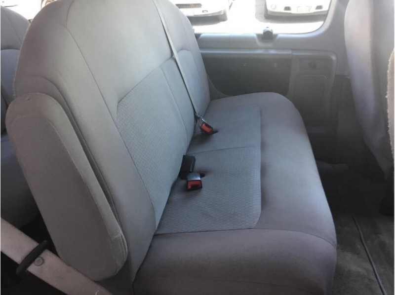 Ford E350 Super Duty Passenger 2013 price $15,995