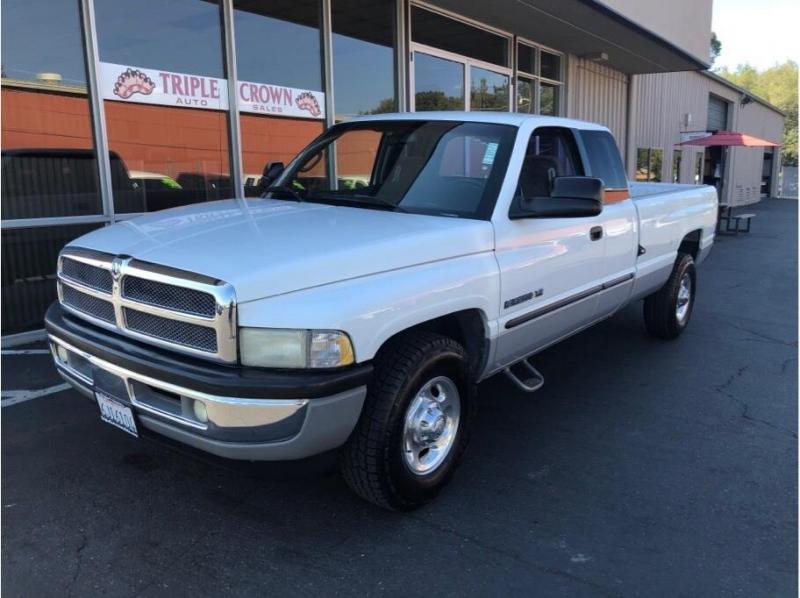 Dodge Ram 2500 Quad Cab 2001 price $8,995