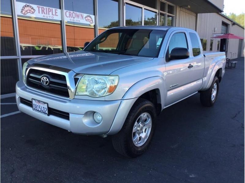 Toyota Tacoma Access Cab 2005 price $13,995