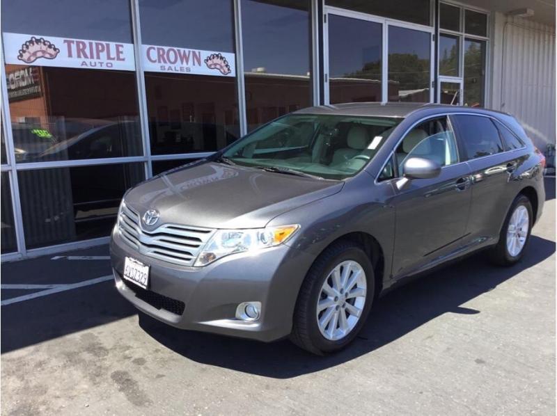 Toyota Venza 2011 price $9,995
