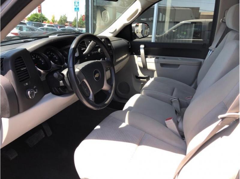 Chevrolet Silverado 1500 Crew Cab 2011 price $15,995