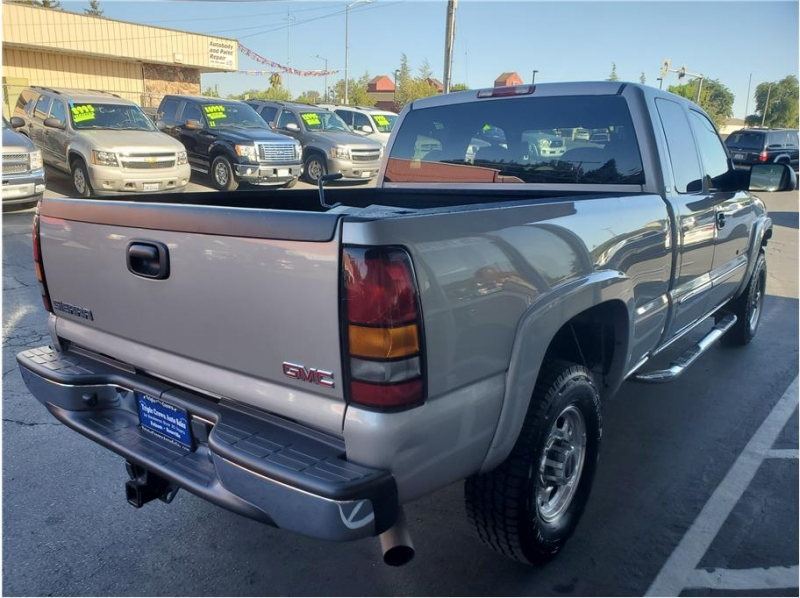 GMC Sierra 2500 Extended Cab 2004 price $13,995
