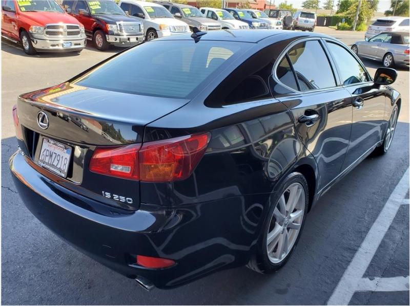 Lexus IS 2007 price $7,995