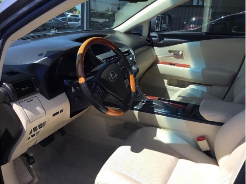 Lexus RX 2012 price $17,995