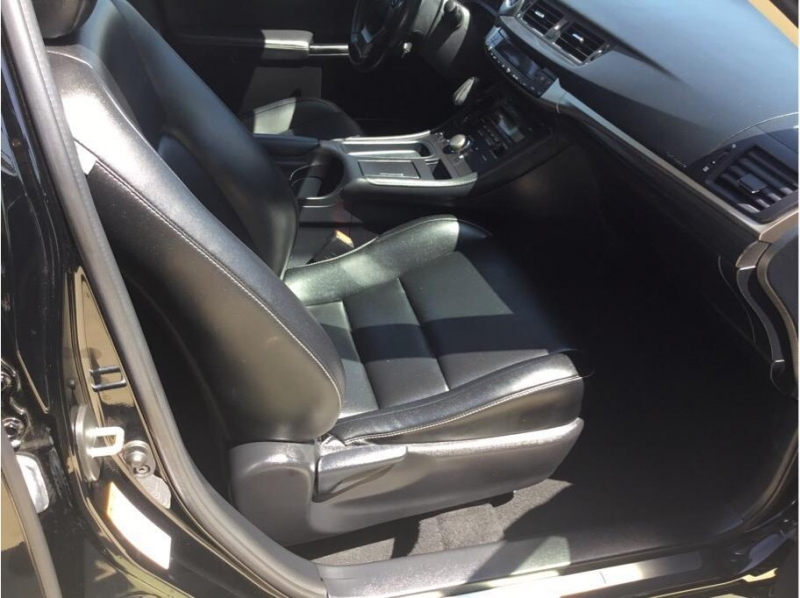 Lexus CT 2016 price $17,995