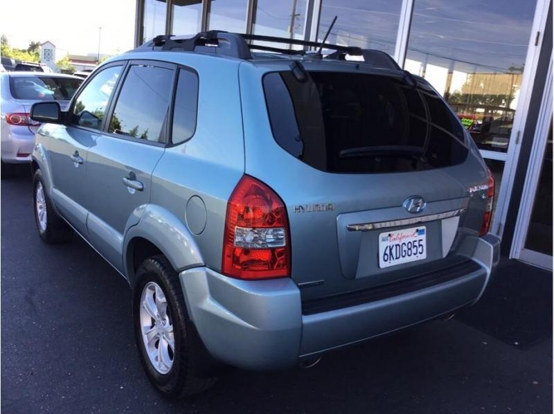 Hyundai Tucson 2009 price $5,995