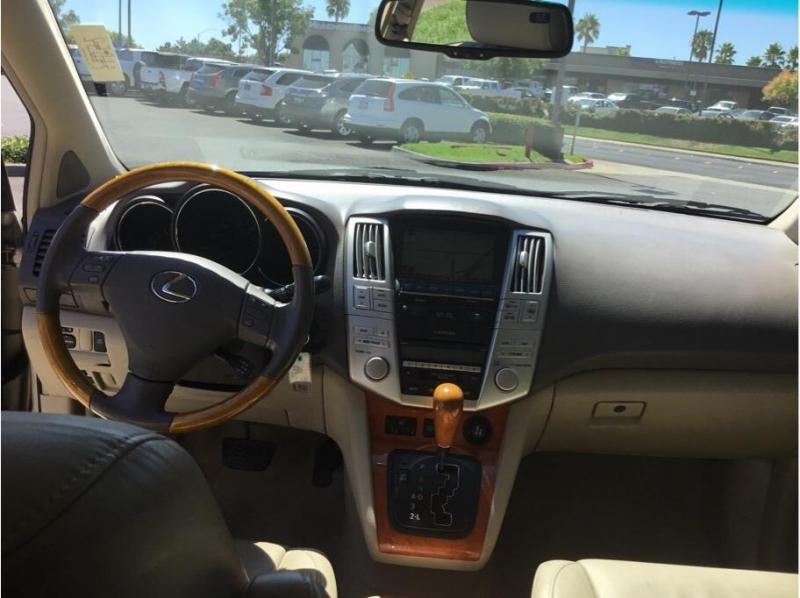 Lexus RX 2007 price $9,995