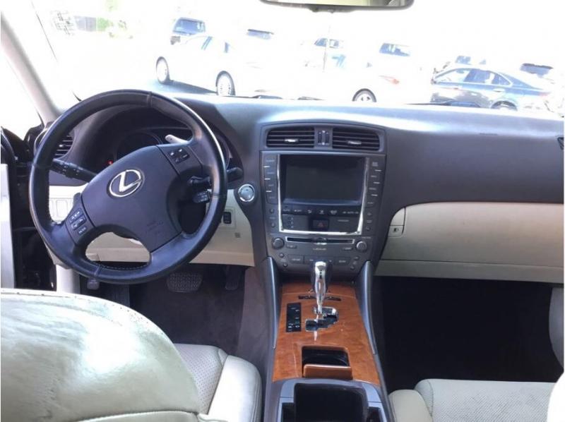 Lexus IS 2009 price $7,995