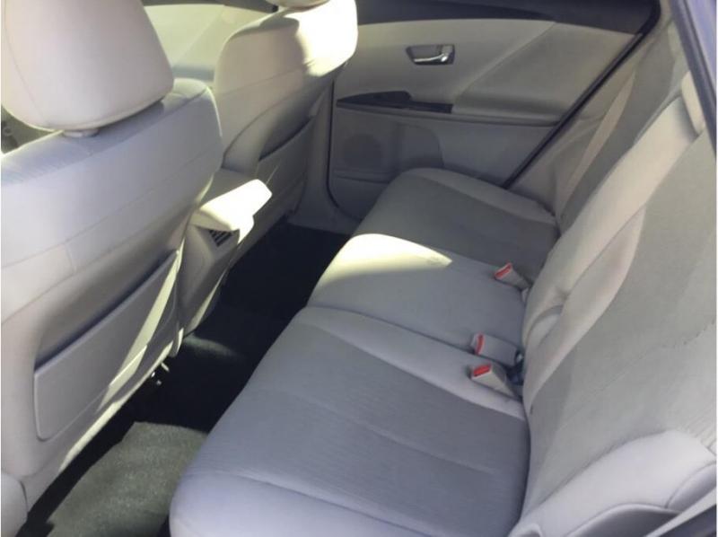 Toyota Venza 2014 price $13,995