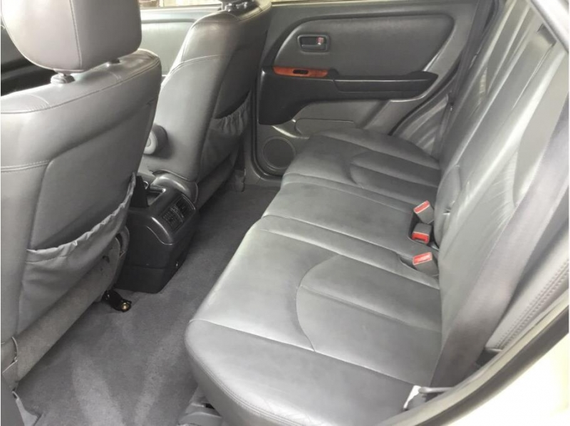 Lexus RX 2000 price $3,995