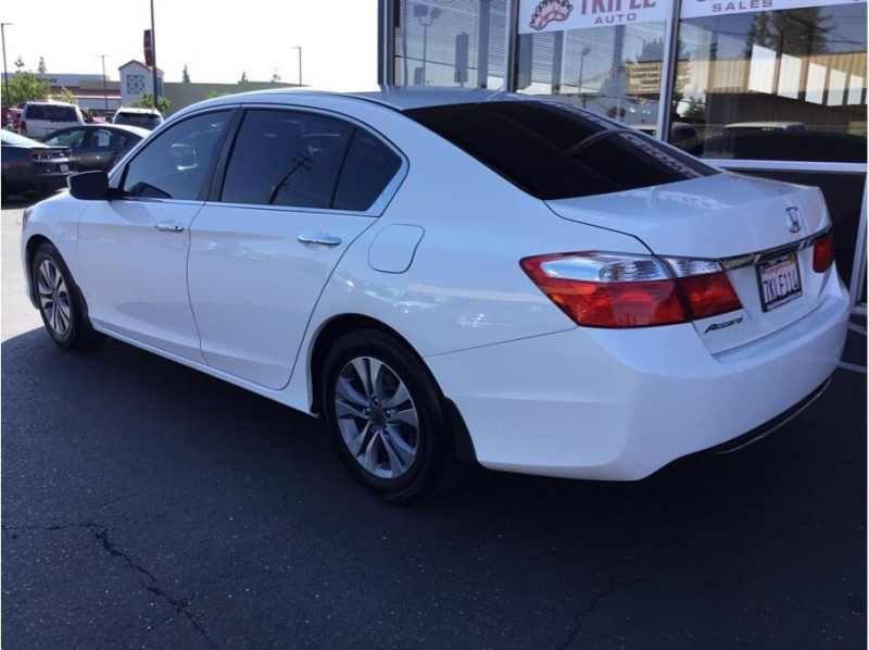 Honda Accord 2015 price $12,995