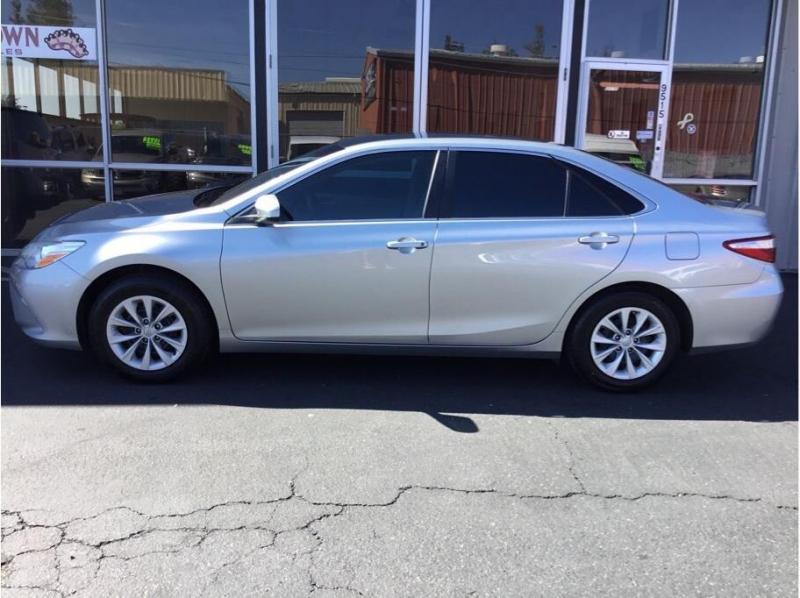Toyota Camry 2017 price $11,995
