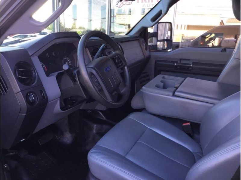 Ford F250 Super Duty Crew Cab 2014 price $19,995