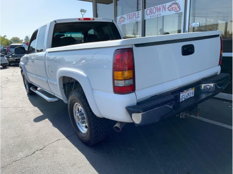 GMC Sierra 2500 HD Extended Cab 2000 price $9,995