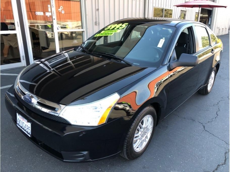 Ford Focus 2010 price $5,995