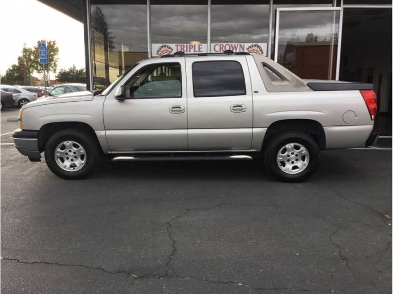 Chevrolet Avalanche 1500 2005 price $8,995