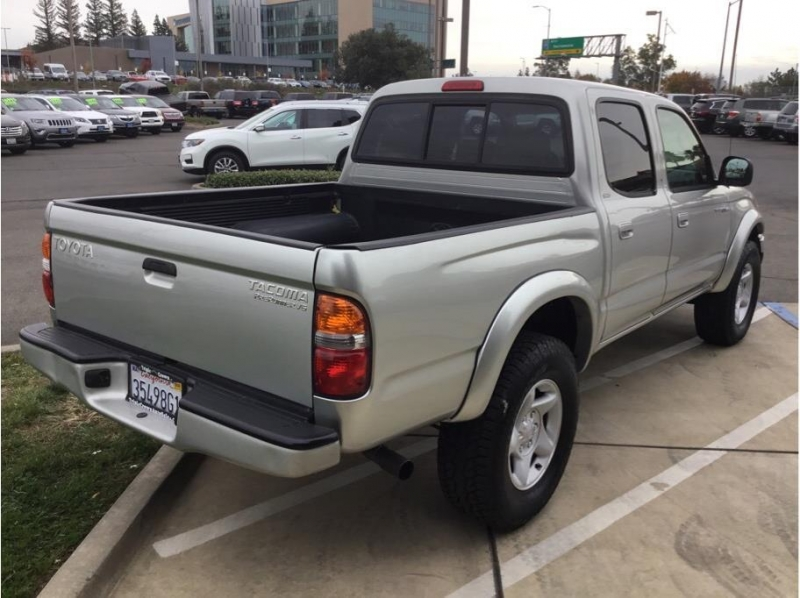 Toyota Tacoma Double Cab 2004 price $8,995