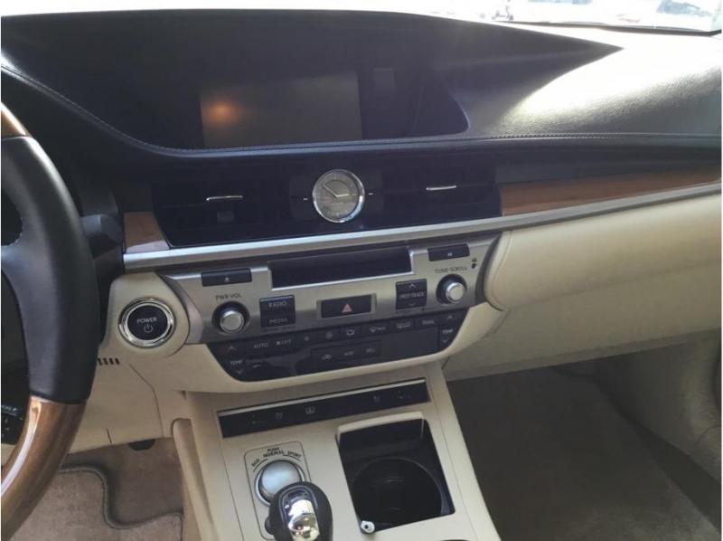 Lexus ES 2014 price $18,995