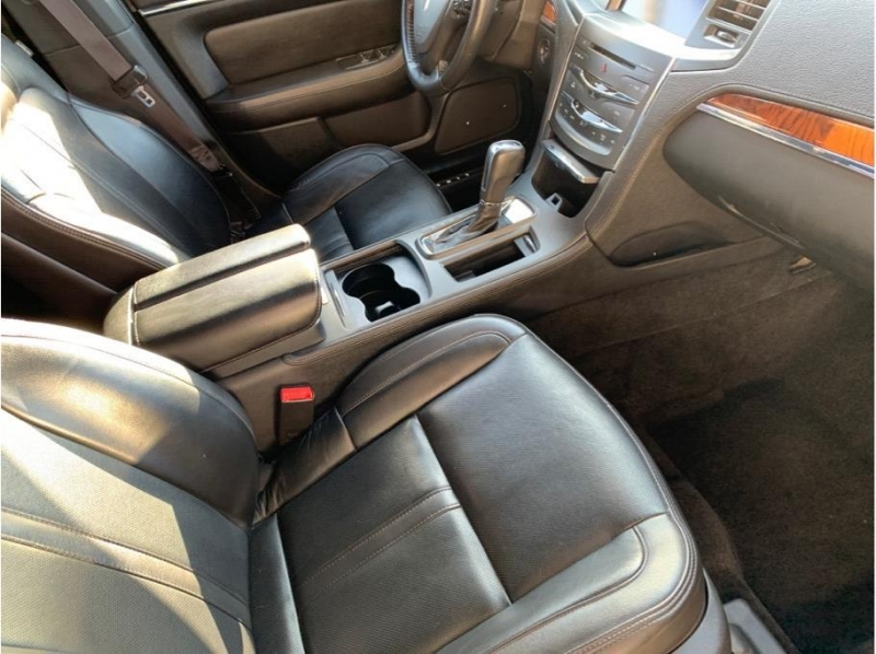 Lincoln MKS 2013 price $8,995