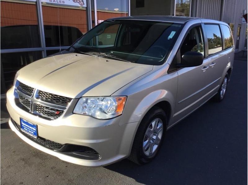Dodge Grand Caravan Passenger 2013 price $8,995